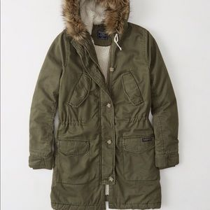 Abercrombie & Fitch Sherpa Lined Twill Parka New!